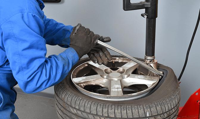 Riparazione degli pneumatici a Bergamo
